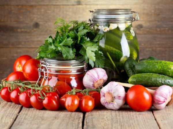 консервирование и заготовки банки чеснок помидоры петрушка