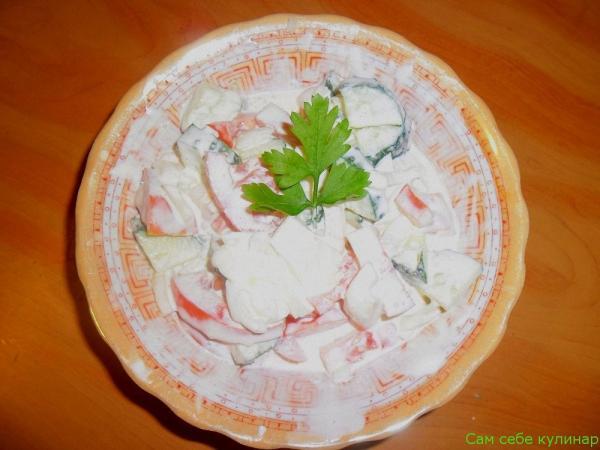 Салат из свежих огурцов и помидоров рецепт
