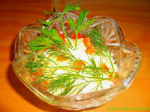 Салат из сыра с чесноком (фоторецепт)