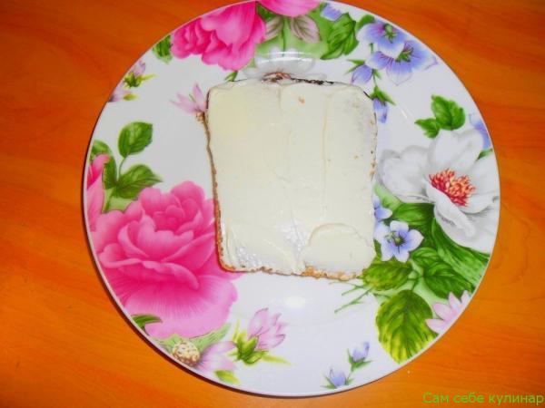 хлеб намазать майонезом
