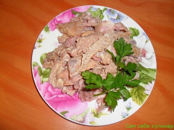 отваренное мясо разобрать отделить от костей