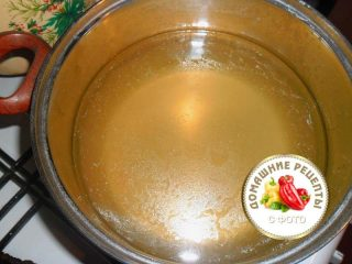 процеженный бульон для щей капустных