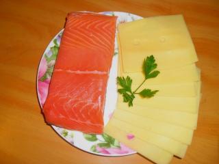 семга слабосоленая, сыр нарезка