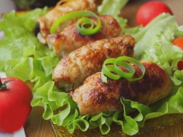 Рулетики из свинины в духовке  рецепт с фото