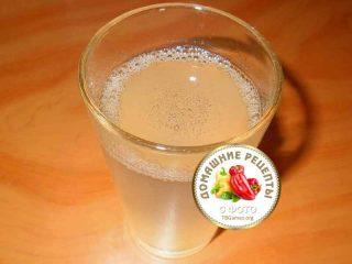 растворить желатин в стакане воды