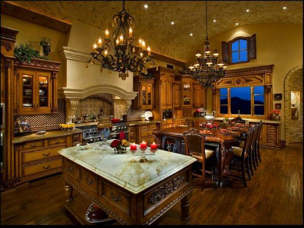 кухня под старину, канделябры, свечи