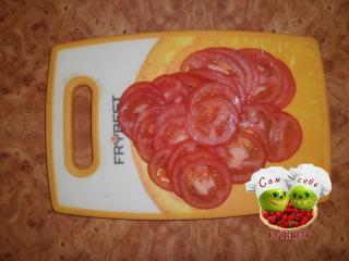 помидоры нарезанные кружочками