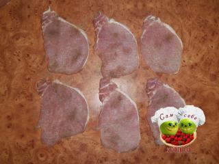 мясо посолить поперчить