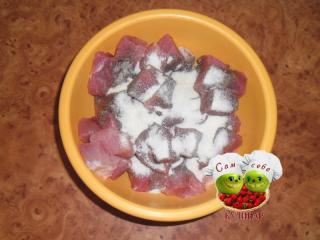 свинину посыпать желатином