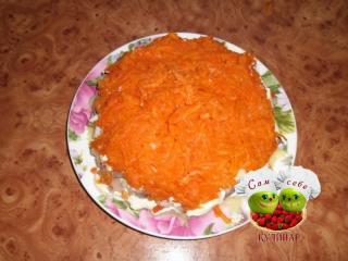 морковь выложить на салат
