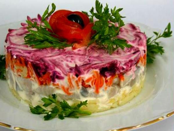 зелень петрушки слоеный салат порционно