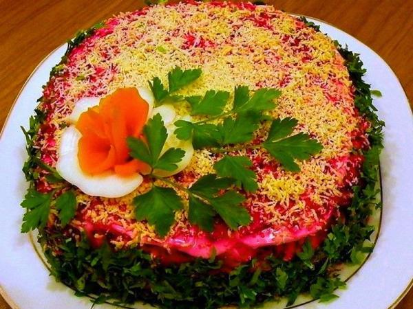 украшение салата  розочка, зелень петрушки