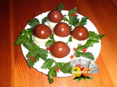 Яйца фаршированные печенью трески рецепт с фото